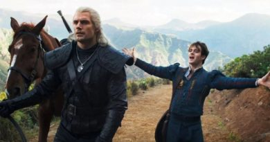 Netflix The Witcher Season 1 Blooper Reel Henry Cavill Breaks Character A Lot