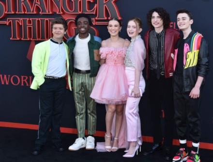 Season 4 Stranger Things Set Photos Reveals an Injured Eleven Stranger Things